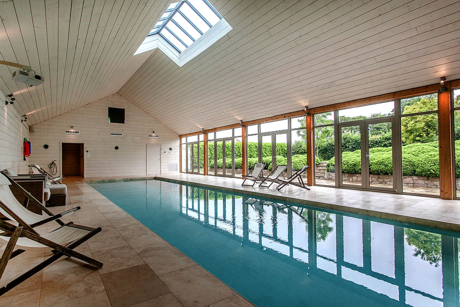 The swimming pool at Lilycombe Farm